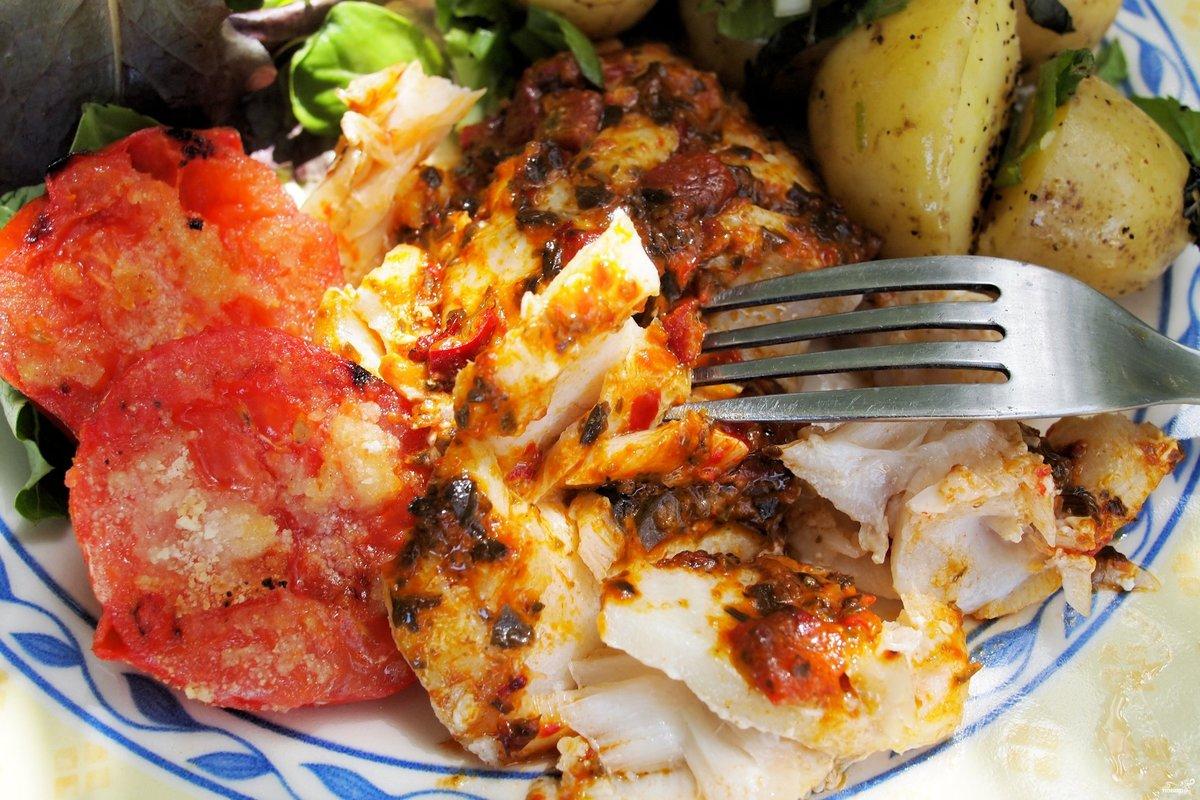Рыба запеченная с картофелем в духовке рецепты с фото