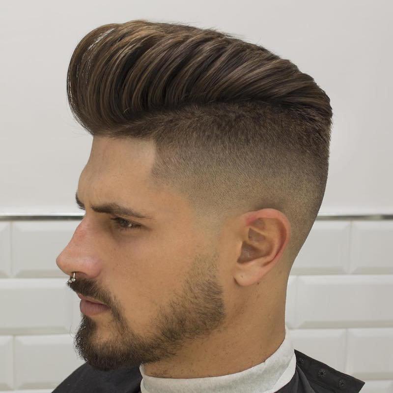 Причёска pompadour