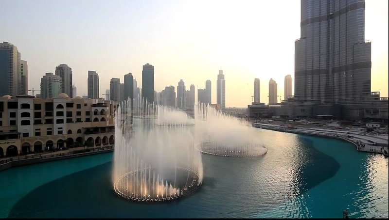 Поющий Дубайский фонтан