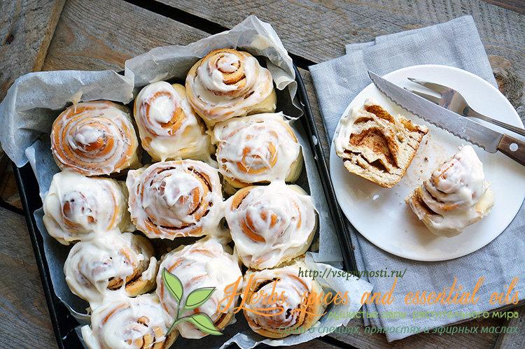 Как приготовить вкусные и ароматные булочки с корицей, рецепты булочек с изюмом и корицей, кокосовой стружкой и маком, булочки как синабон, фото, описание