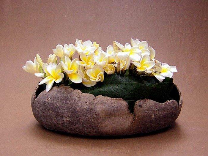 Икебана - это не обычная цветочная композиция, это искусство, которое принадлежит не только Японии, а всему миру