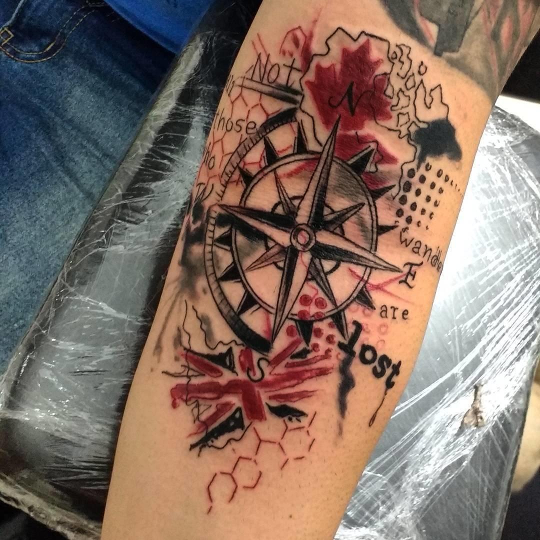 Татуировка роза ветров фото 4