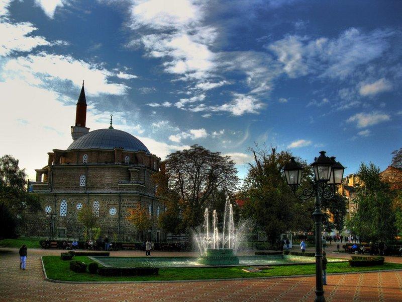 Турецкая мечеть Баня-Баши в Софии