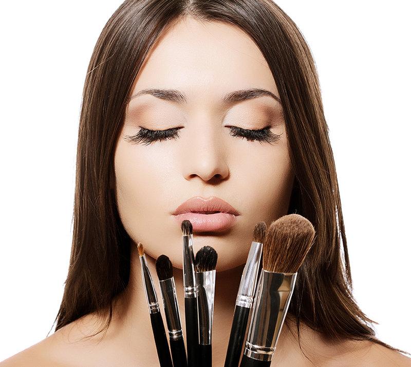 9го сентября - стилисты, пластические хирурги, косметологи и все профессионалы индустрии красоты празднуют свой праздник - всемирный день красоты
