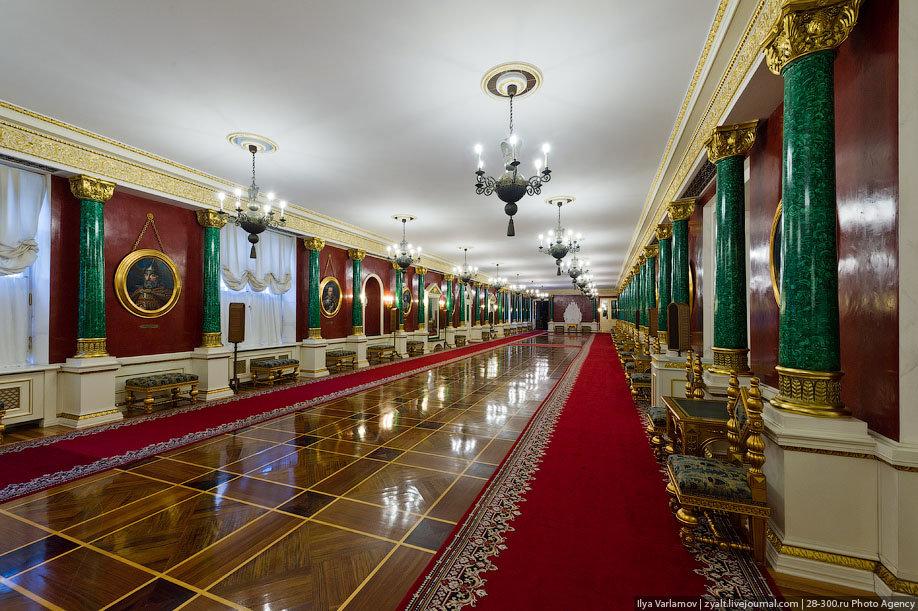 достать фотографии московского кремля изнутри зачем двум психопатам