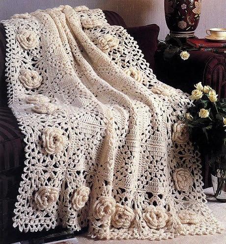 Вязание крючком пледов и подушек