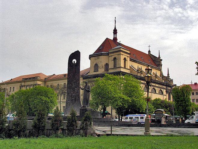 Костел Петра и Павла ордена иезуитов