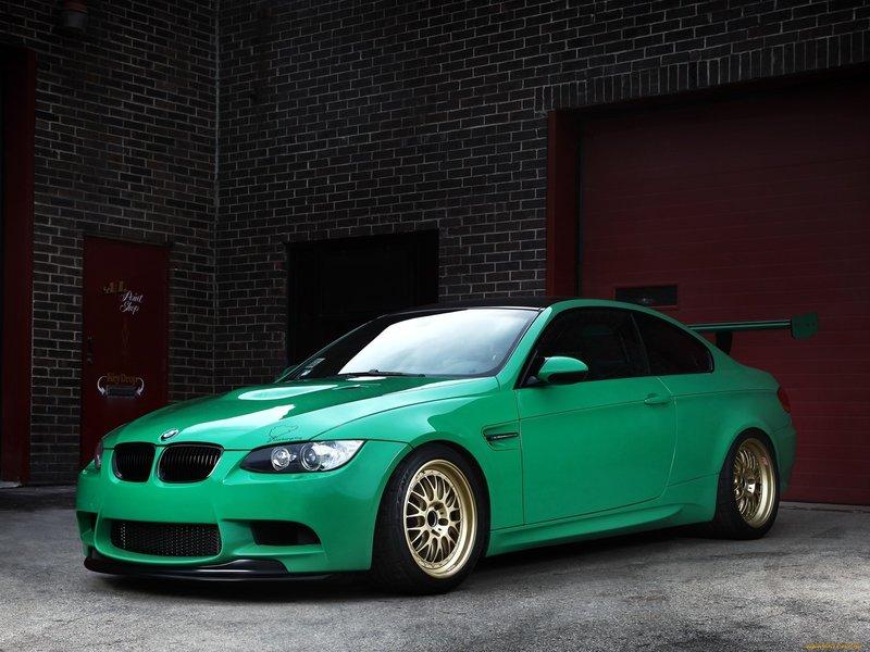 BMW бирюзовый
