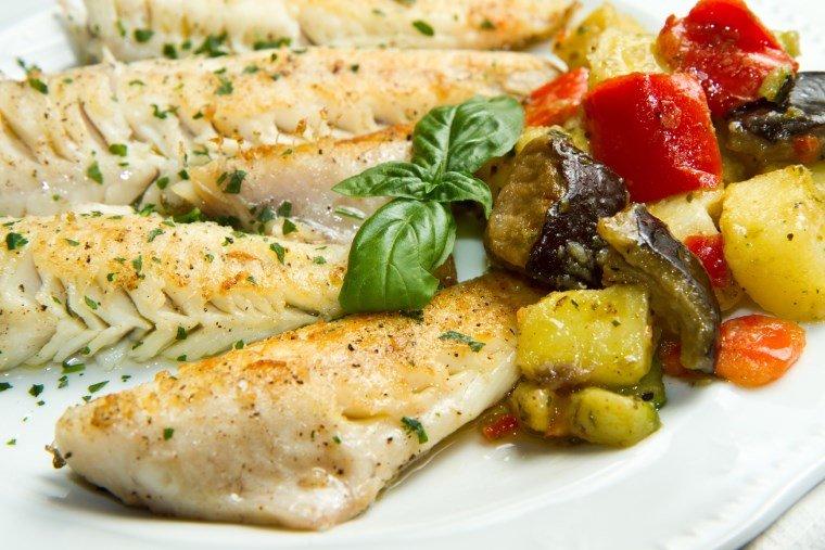 рыба с овощами рецепт с фото