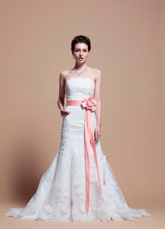 Традиция белого платья на свадьбу