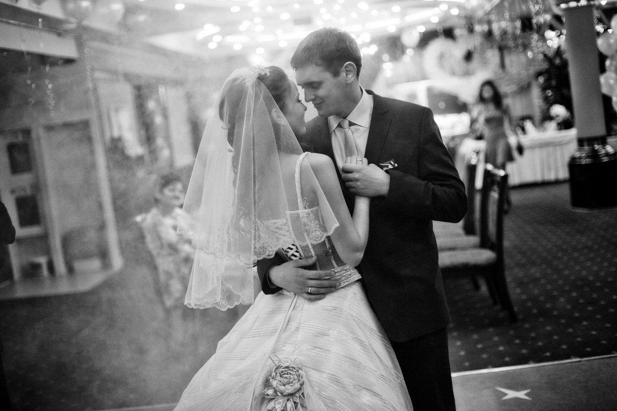 Фота на свадьбу, 50 лучших свадебных фотографий года по версии 13 фотография