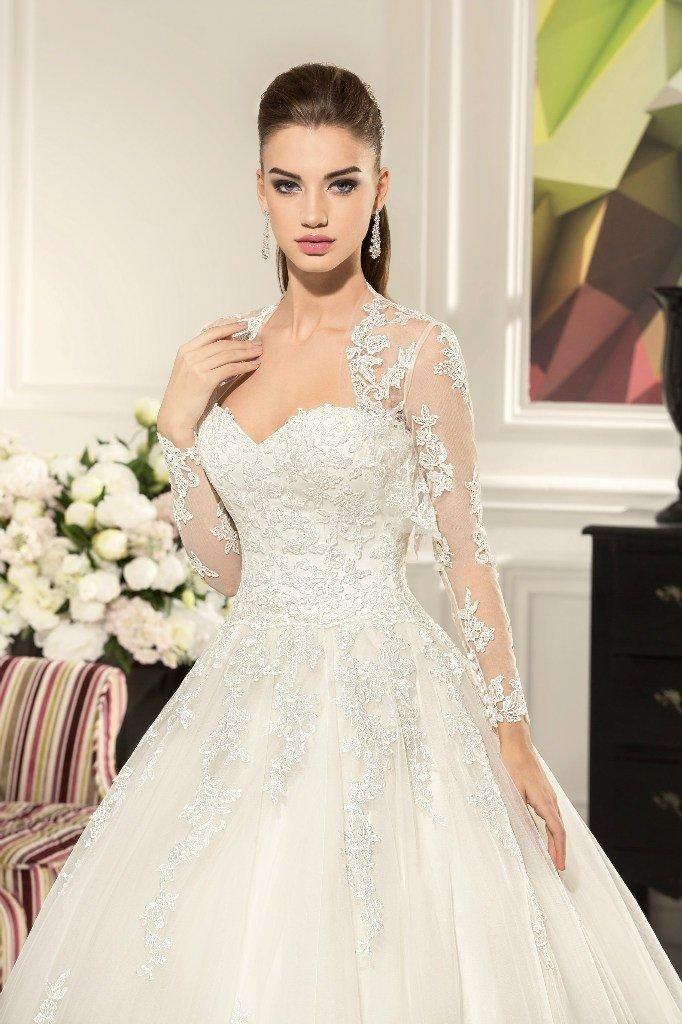 рассказал, фото свадебных платьев с закрытыми руками нет