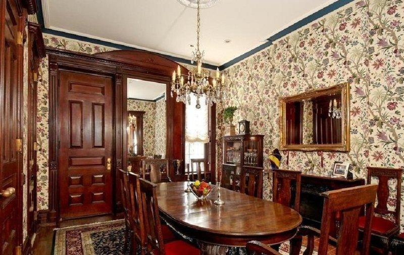 Викторианский стиль появился в английской истории примерно в XIX-XX столетиях. Он связан не только с интерьером, но и со всем искусством в целом.