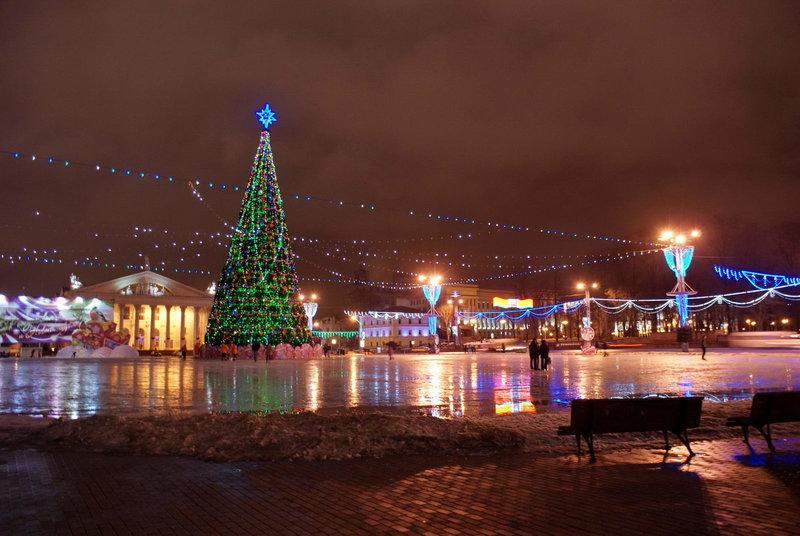 Новый год на улицах Минска. Здесь вы узнаете про Новый год 2017 в Минске.