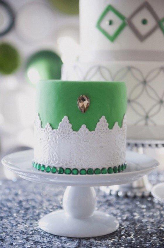 Картинки тортов на изумрудную свадьбу