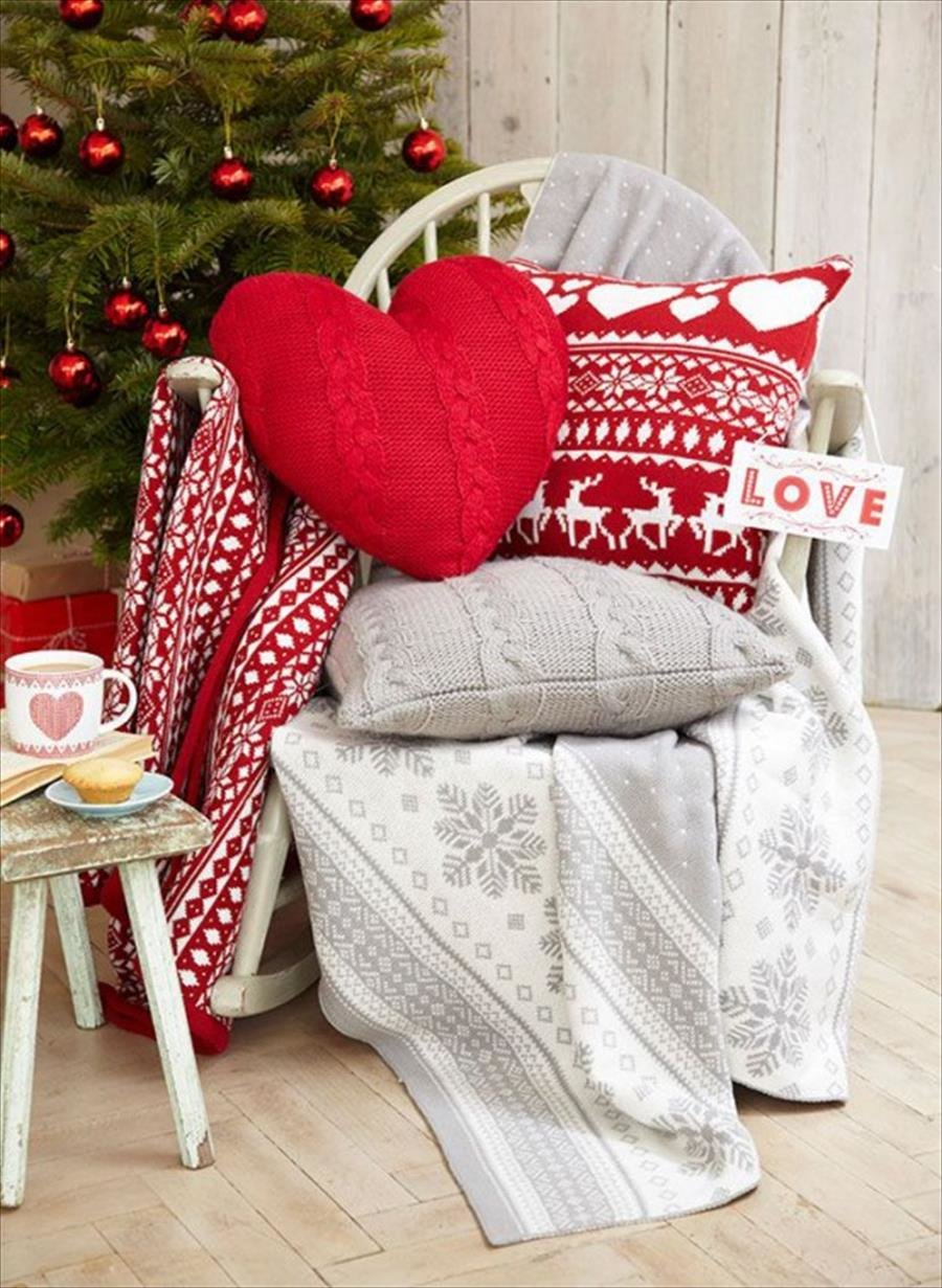 a0551b271087 Вязаные вещи всегда приносят уют в дом, несмотря на сезон и их  предназначение. Сегодня