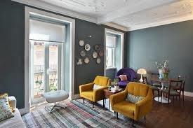 Олдскульный интерьер комнаты для отдыха