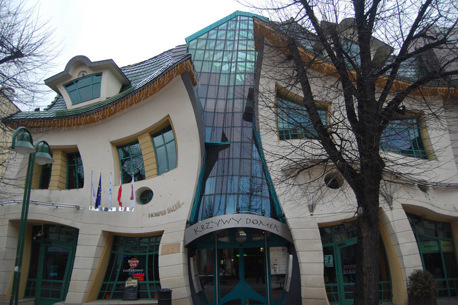 Кривой дом Сопот, Польша