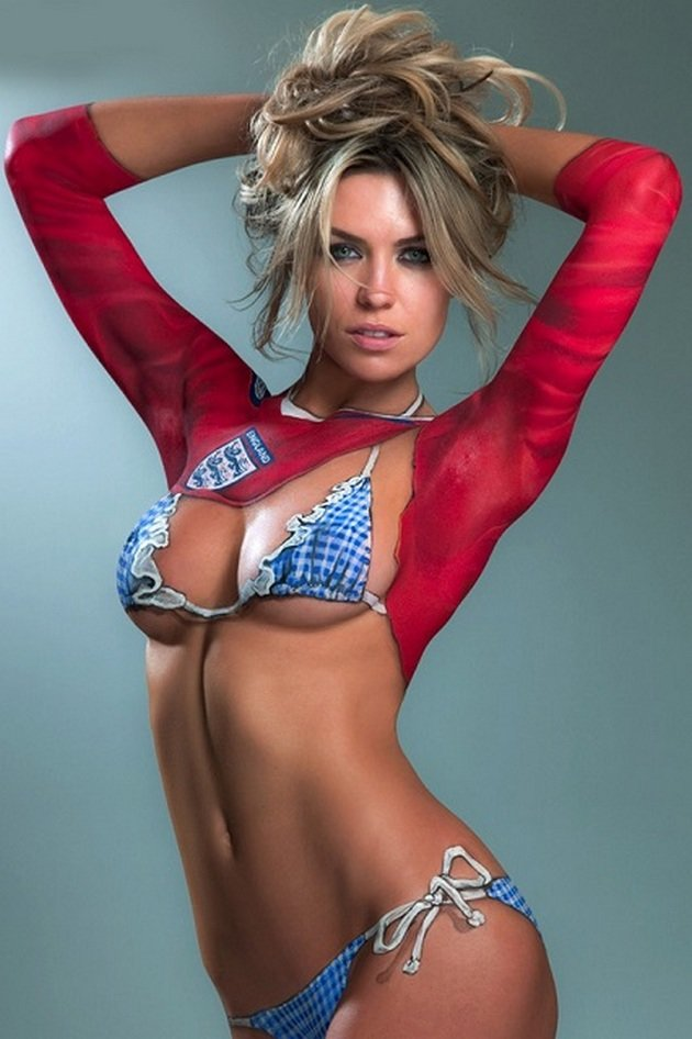 Body painted girl video — pic 2