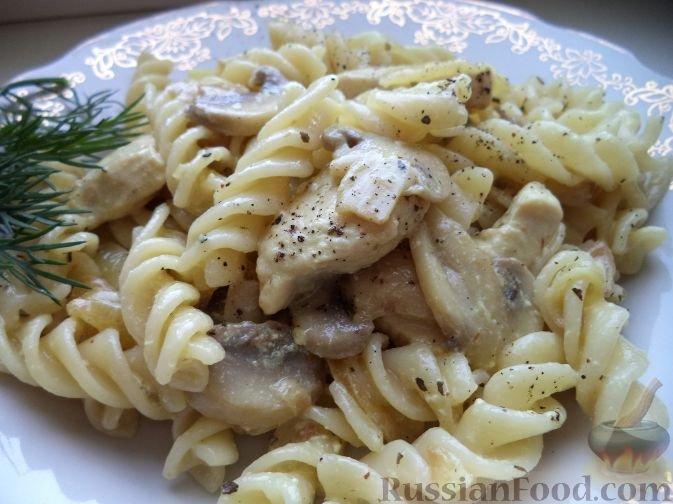 Рецепт шампиньоны в сметане с макаронами