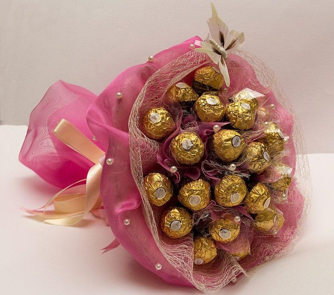 Букетов цветов, букет из конфет маме на день рождения