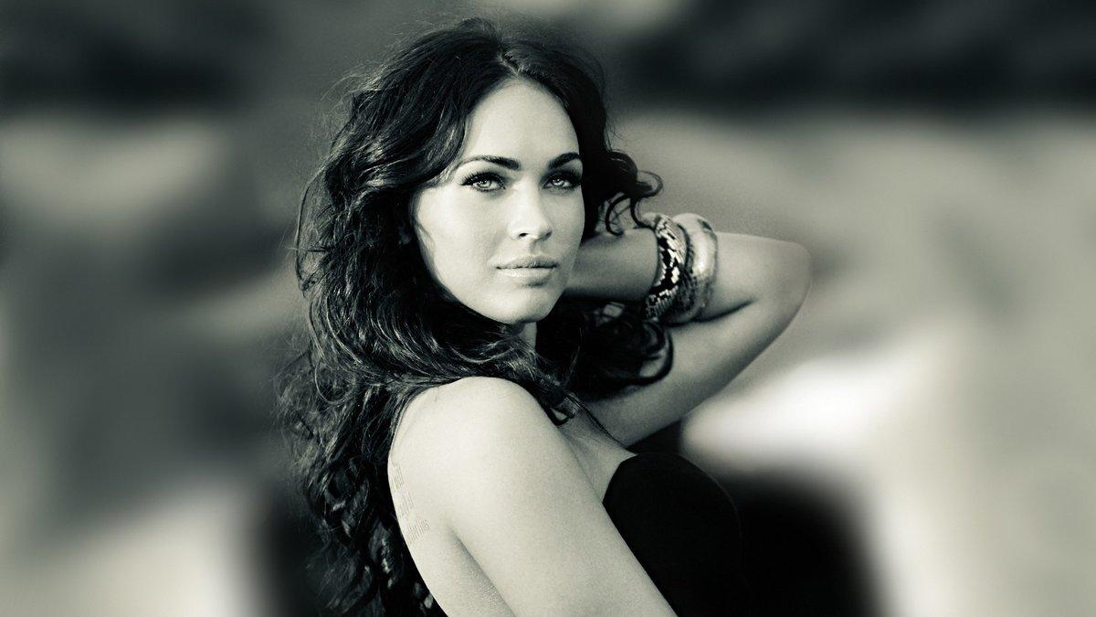 Черно-белые фотографии брюнеток 5