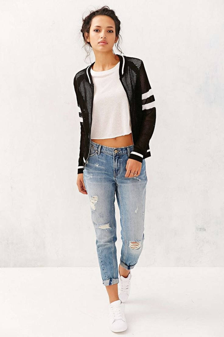 что лучше купить джинсы или кофту пружины просели, особенно