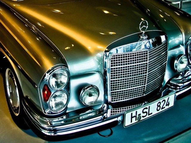 Качественные обои с предпросмотром на тему: Mercedes-Benz