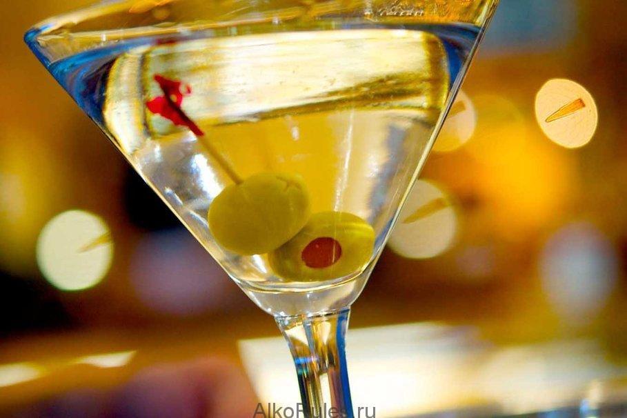 красивые картинки с бокалами мартини