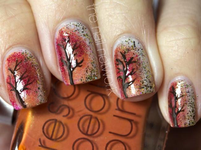 Осенний принт на ногтях