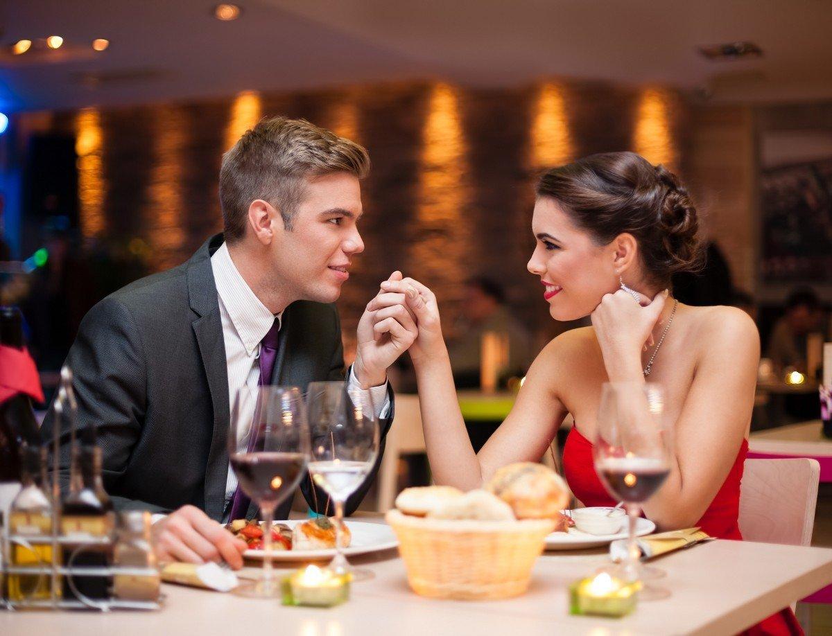 романтический вечер со зрелой женщиной маленькие