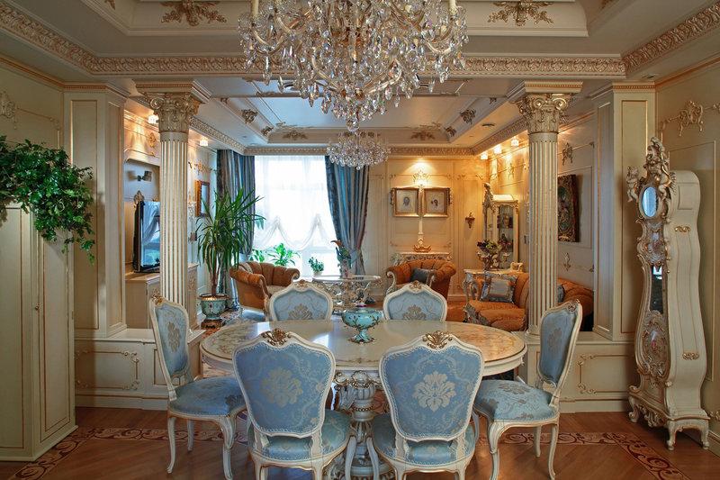 Стиль ампир в интерьере: основные черты и особенности такого дизайна помещений, комбинирование цветов,освещение, выбор мебели и декоративных элементов, нюансы отделки различных поверхностей.