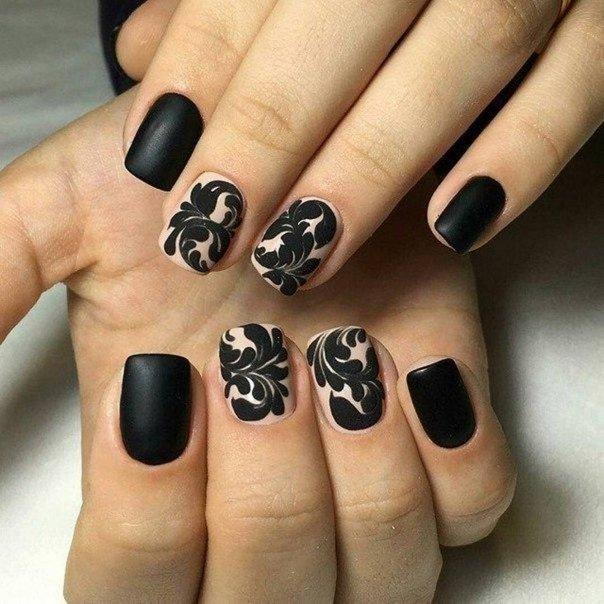 Ногти черно бежевые