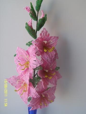 Гладиолусы из бисера пошаговым фото