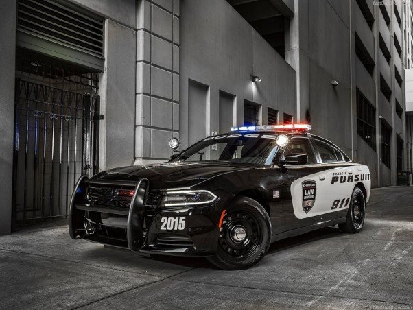 Dodge Charger Pursuit - ФОТО галерея!