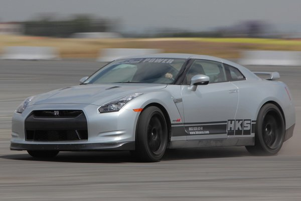 HKS Nissan GT-R R35 - характеристики
