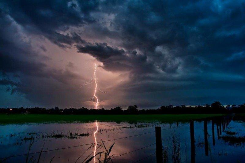 как сфотографировать молнию | Фото Букварь