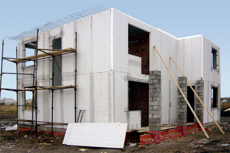 Каркасно-монолитный дом из 3D-панелей