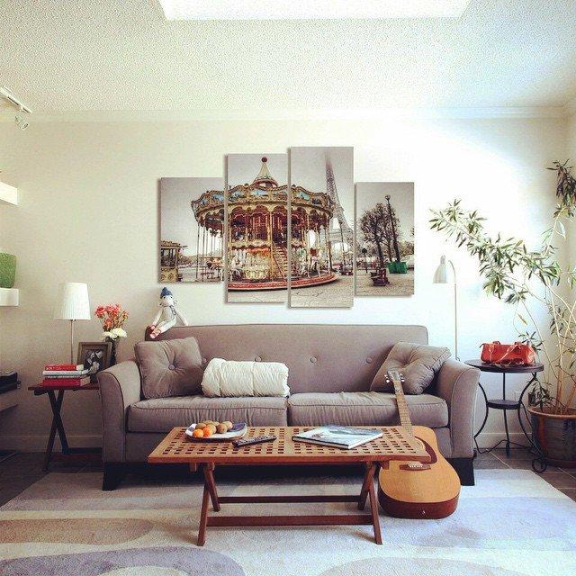 Картины в интерьере гостиной: 15 фото