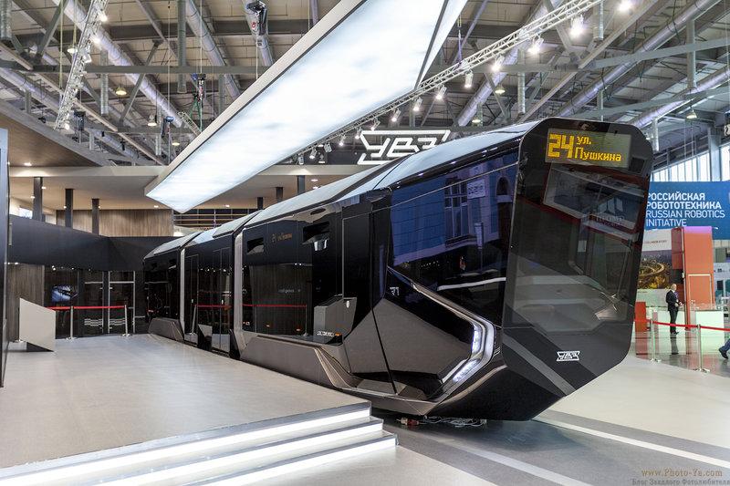 Концепт российского трамвая R1