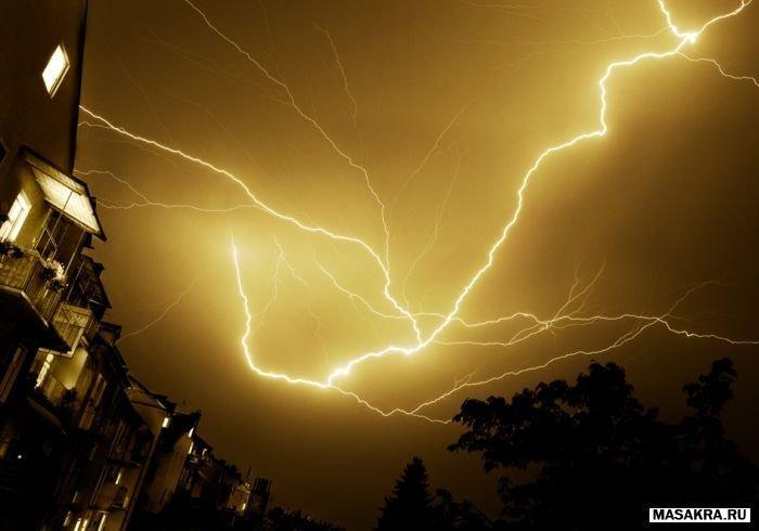 Красивое фото молнии