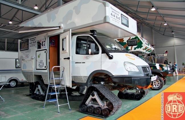 Лето. Расцветают... кемперы : Выставка кемперов Caravanex-Автомобильный туризм-2011 : Off-road drive