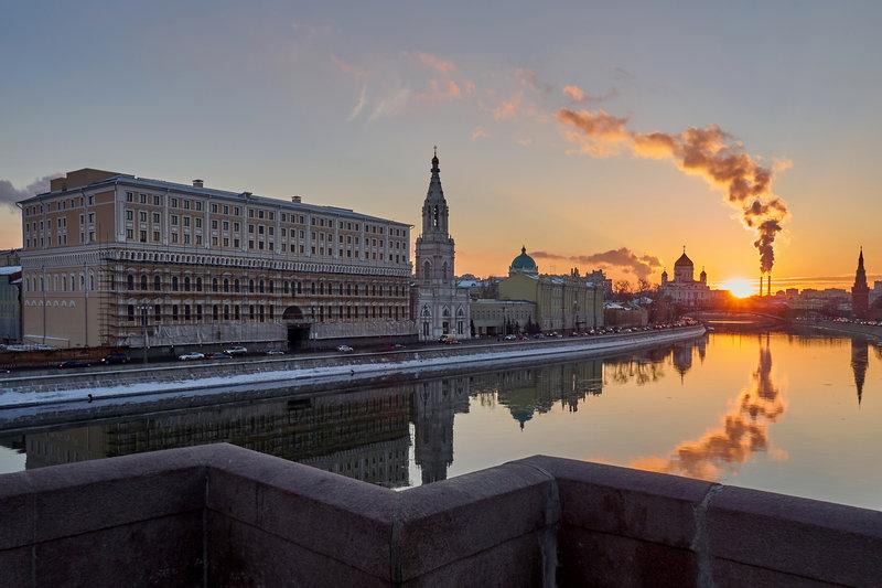Москва, февраль, закат
