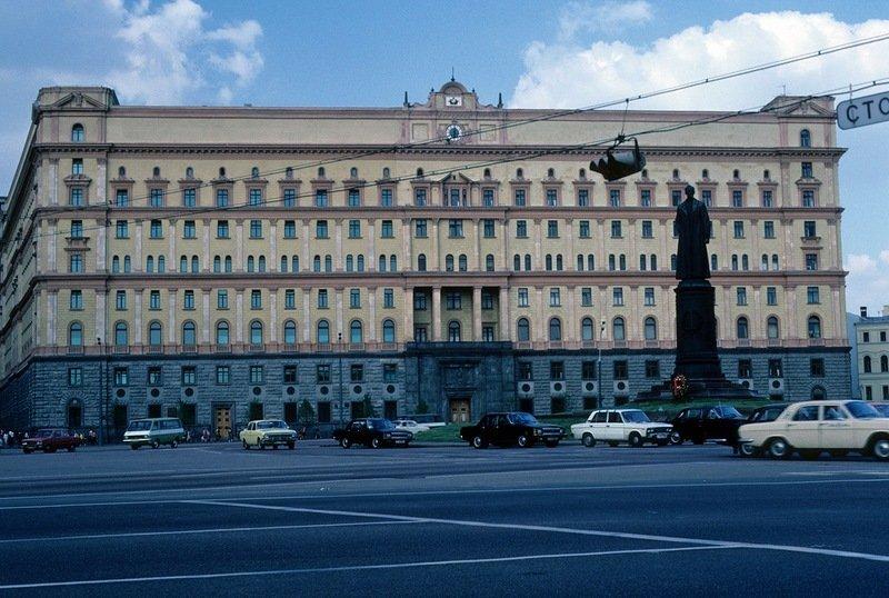 Москва, пл. Дзержинского