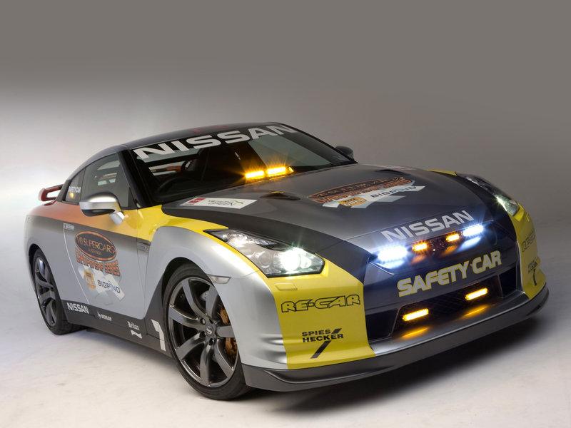 Nissan GT-R Safety Car