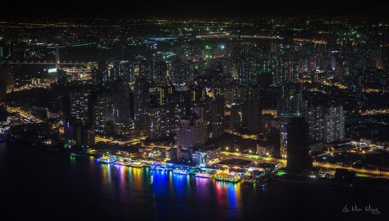 "Потрясающий Шанхай: ""Необъятный город"" by Min Ming Lo"