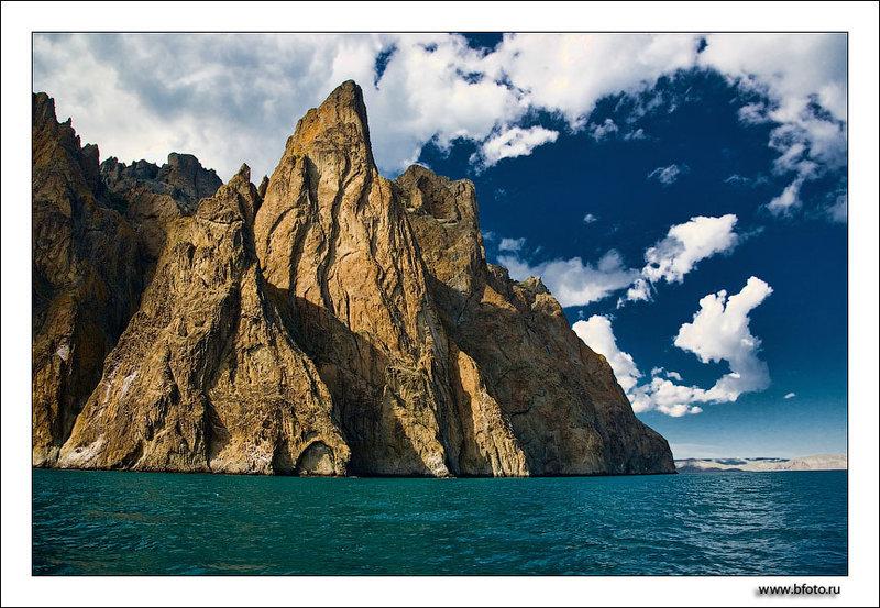 Скала Маяк, хребет Хоба-Тепе