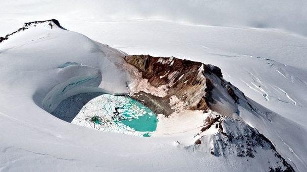 Вулкан Катмай на Аляске