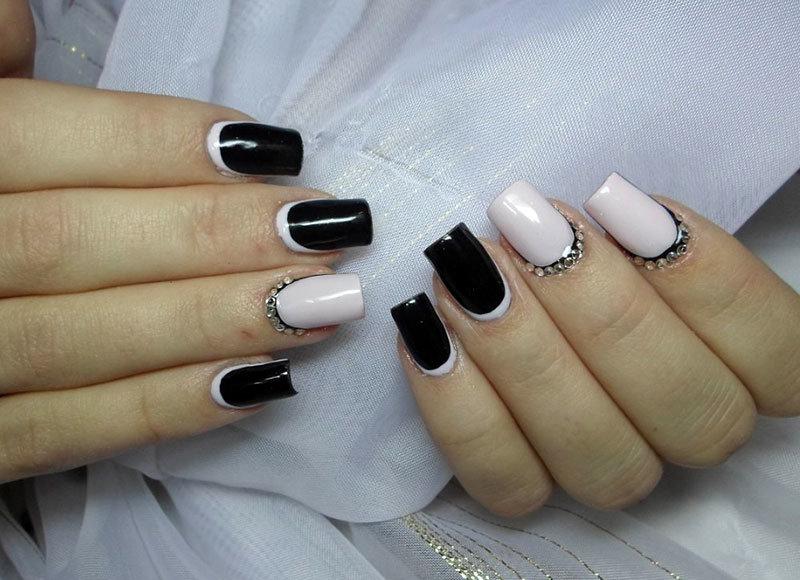 фото чёрно белые ногти