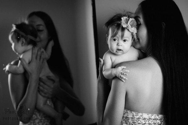 Мы предлагаем художественные фотосессии новорожденных и младенцев в студии и на дому в центре Израиля от ведущего фотографа Галины Суманеевой